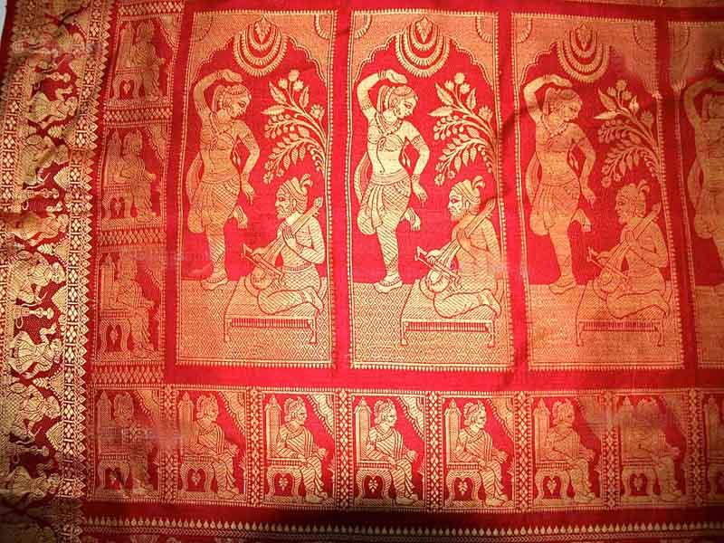 രാമായണകഥയുമായൊരു സാരി:നെയ്ത്തുകാരന് ഡോക്ടറേറ്റ്